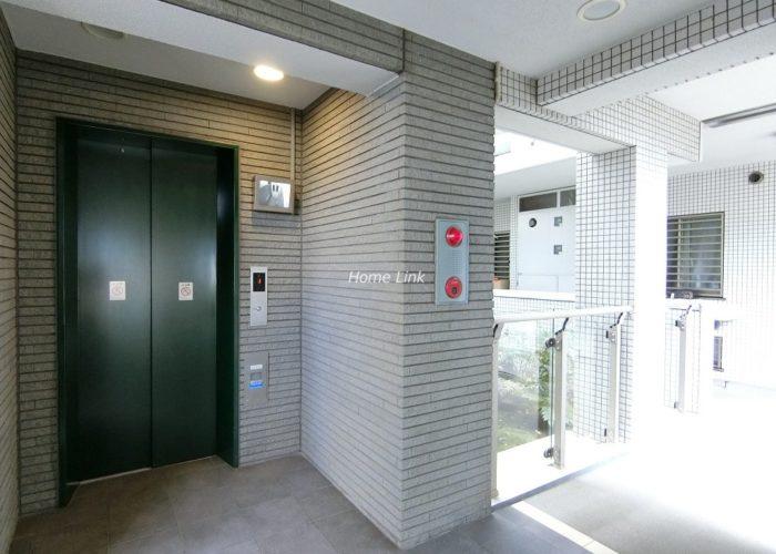 ファミール西台 エレベーターホール