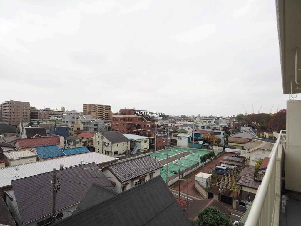 コーポラスときわ台5階 南向きのバルコニーから開けた眺望