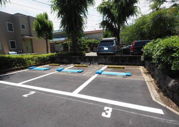 サンシティ東の丘 M棟 駐車場