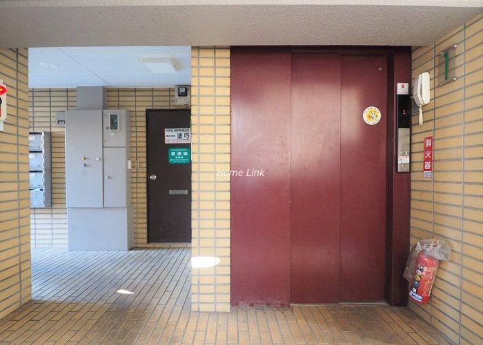 セ・ビアン・メゾン小茂根 エレベーターホール