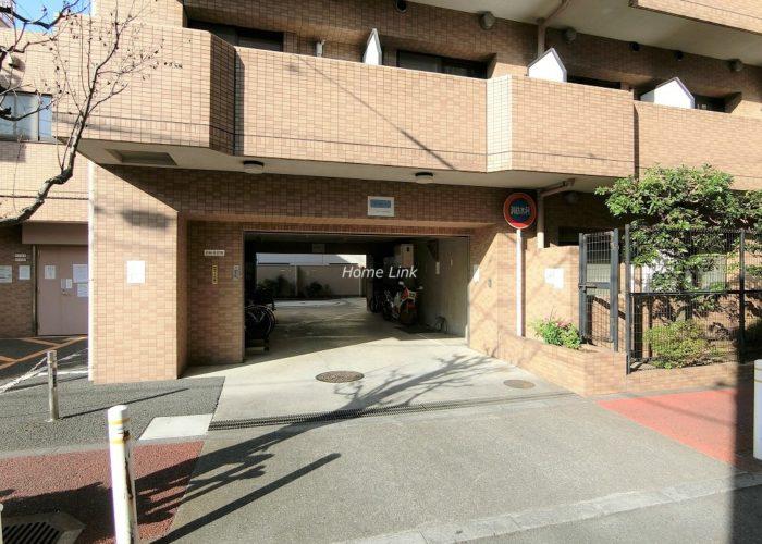 朝日シティパリオ板橋本町 駐車場出入口