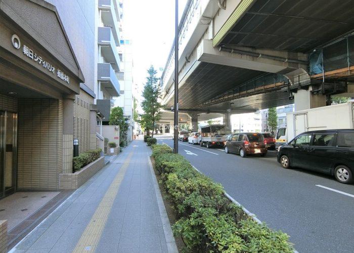 朝日シティパリオ板橋本町 前面道路歩道
