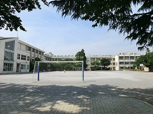 サンクレイドル徳丸ウインフォート周辺環境 紅梅小学校
