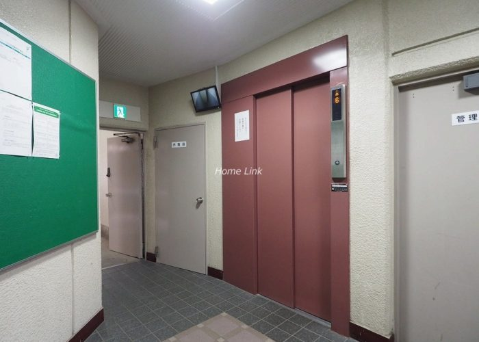 キャニオンマンション板橋 エレベーターホール