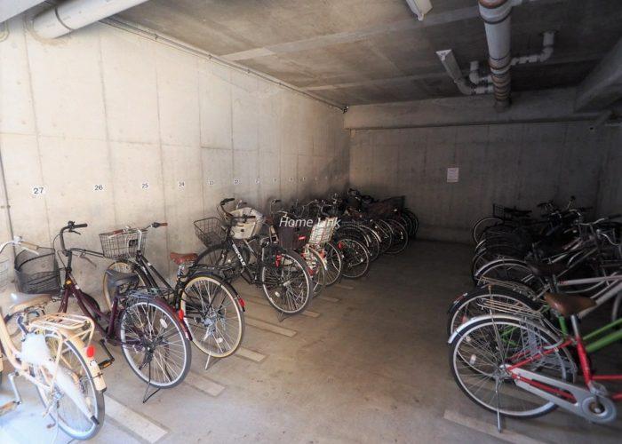マートルコート板橋泉 駐輪場