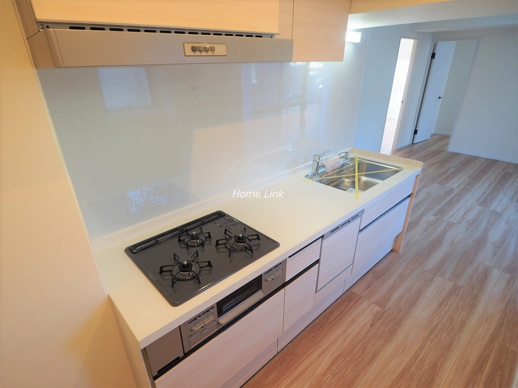 群峰小豆沢グレースマンション3階 人工大理石トップ・食器洗浄機付き
