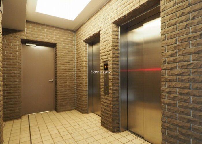 グランアルト加賀 エレベーターホール