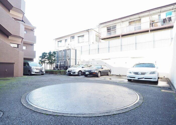 コスモ成増シティフォルム 駐車場