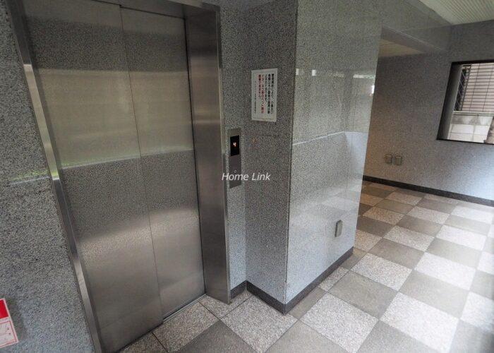 セレナハイム浮間公園 エレベーターホール