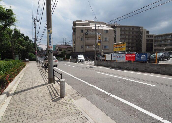 マナーズフォートノーブルテラス 前面道路歩道