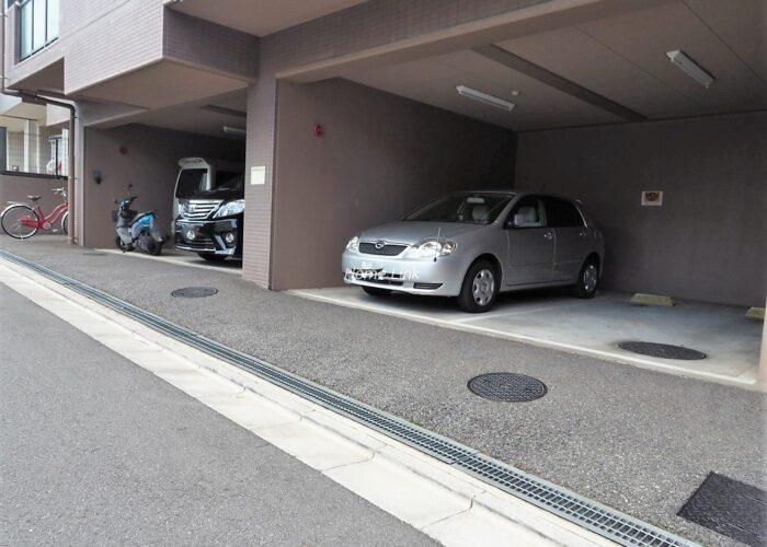 レクセルマンション要町 駐車場