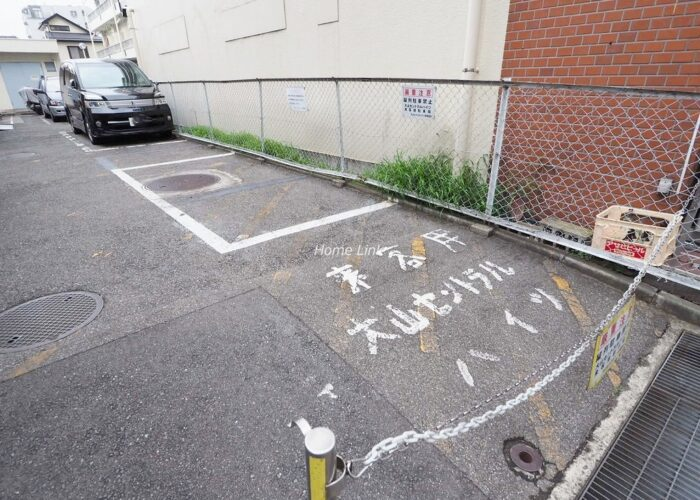 大山セントラルハイツ 来客用駐車場