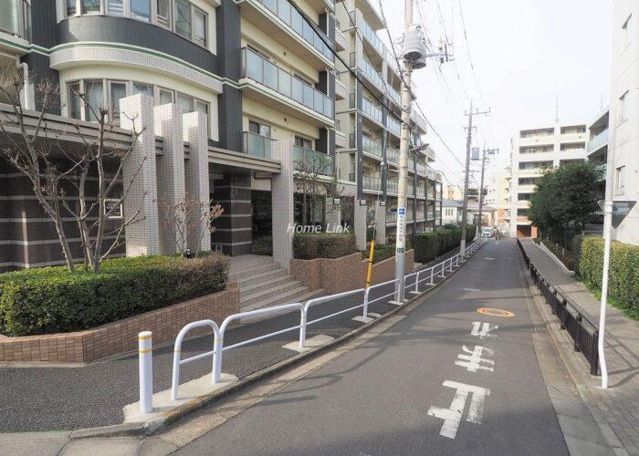 レクセルガーデン成増 前面道路歩道