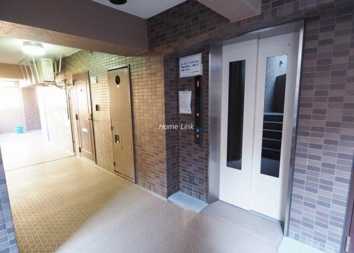 レーベンハイム常盤台プラザ エレベーターホール