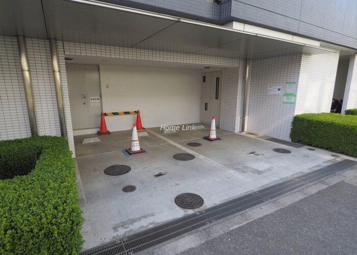 グローリオ成増アルグレッソ 来客用駐車場