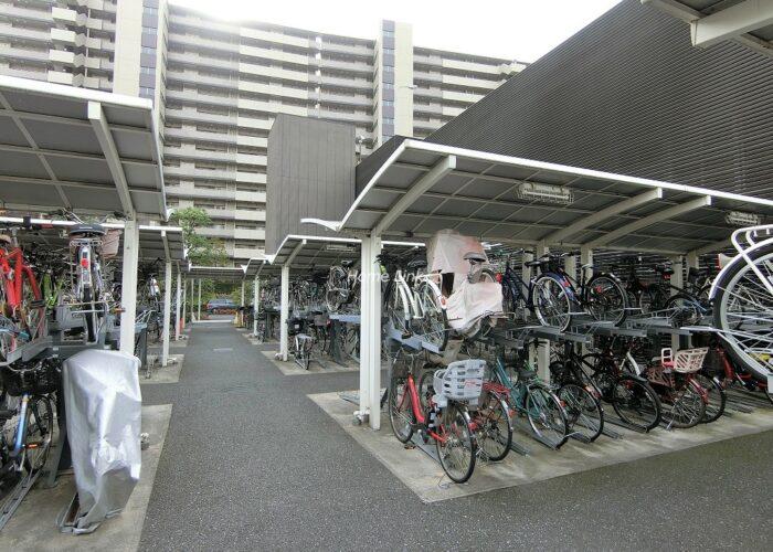 コスモ東京ガーデンパークス 駐輪場