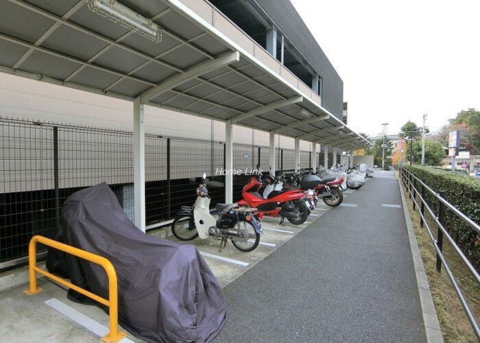 コスモ東京ガーデンパークス バイク置き場