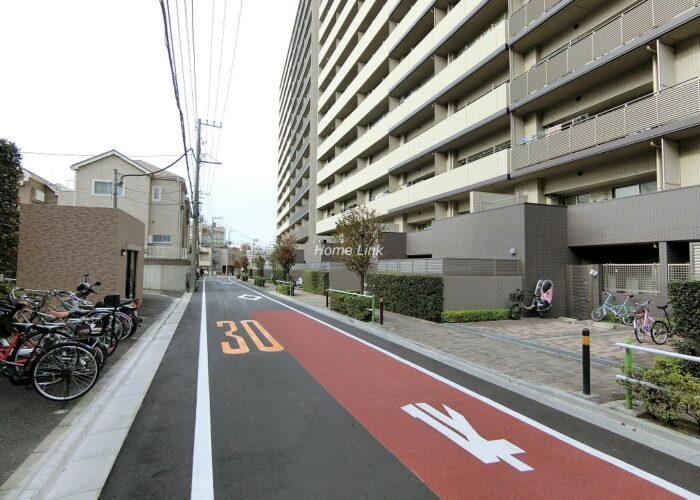 コスモ東京ガーデンパークス 前面道路