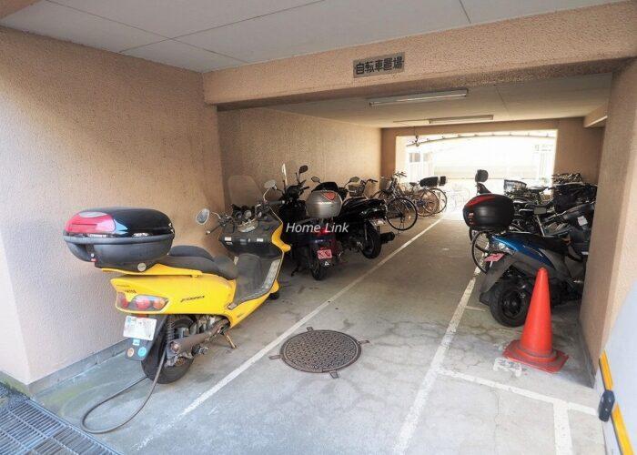 パラストネオ板橋 バイク置き場