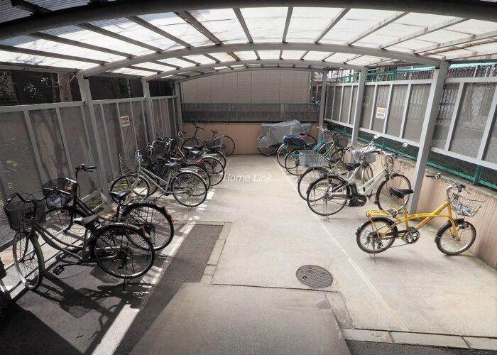 パラストネオ板橋 駐輪場