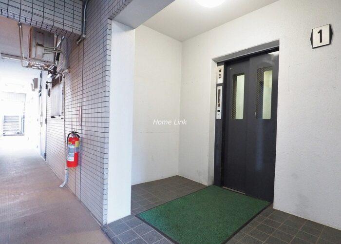 ユニーブル成増 エレベーターホール