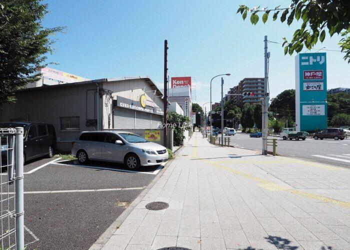 ユニーブル成増 駐車場