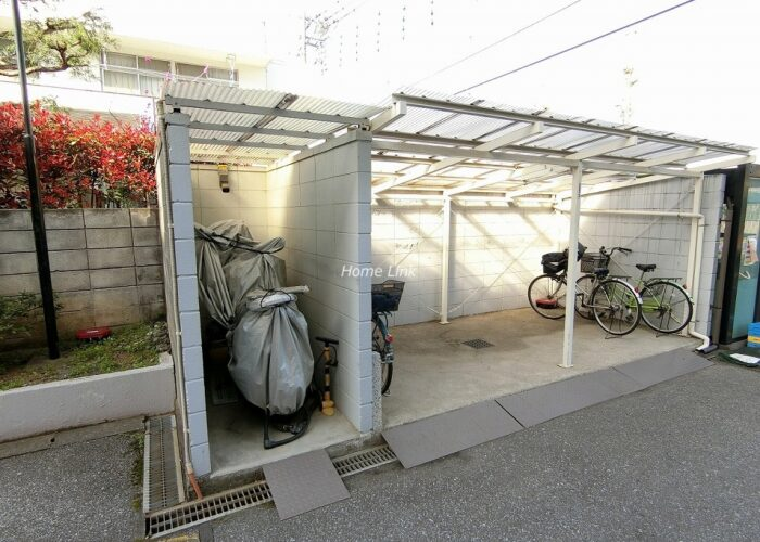 東久南高島平ハイツ バイク置き場