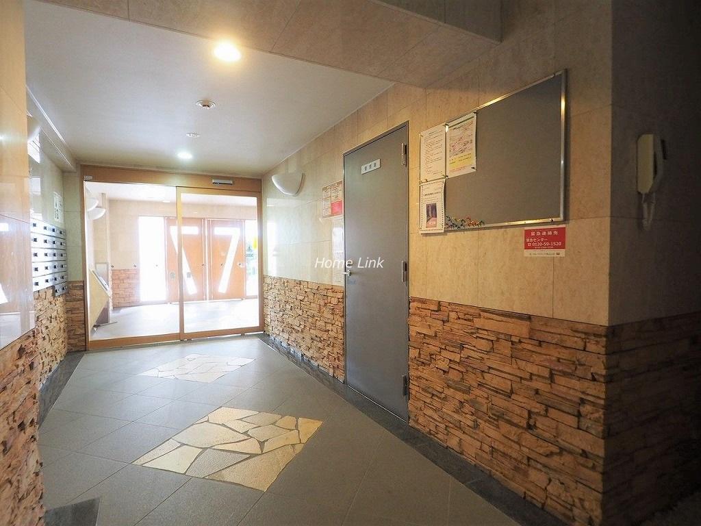 コニファーコート志村壱番館 エントランスホール