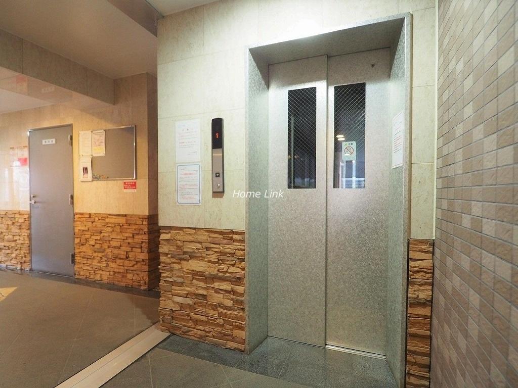 コニファーコート志村壱番館 エレベーターホール