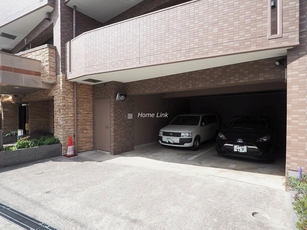 コニファーコート志村壱番館 駐車場