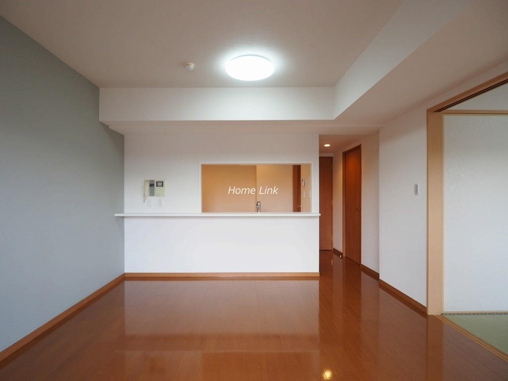 コニファーコート志村壱番館3階 南東角部屋・二面バルコニー