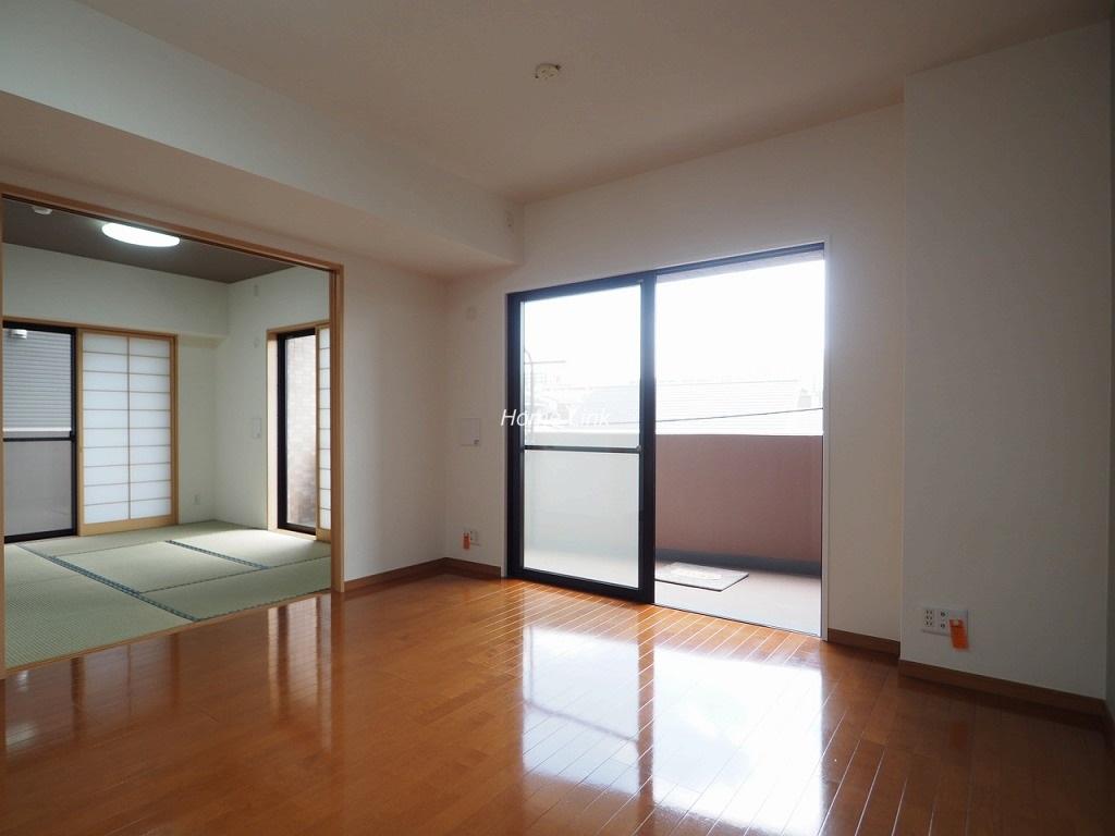 コニファーコート志村壱番館3階 南バルコニーで陽当たり良好