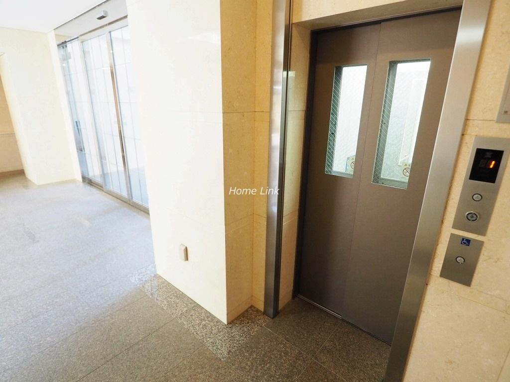 デュオスカーラ常盤台 エレベーターホール