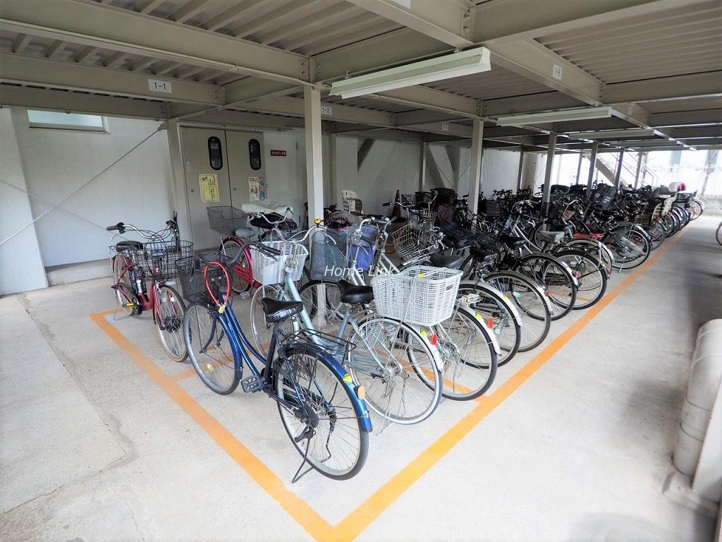 戸田公園スカイマンション 駐輪場