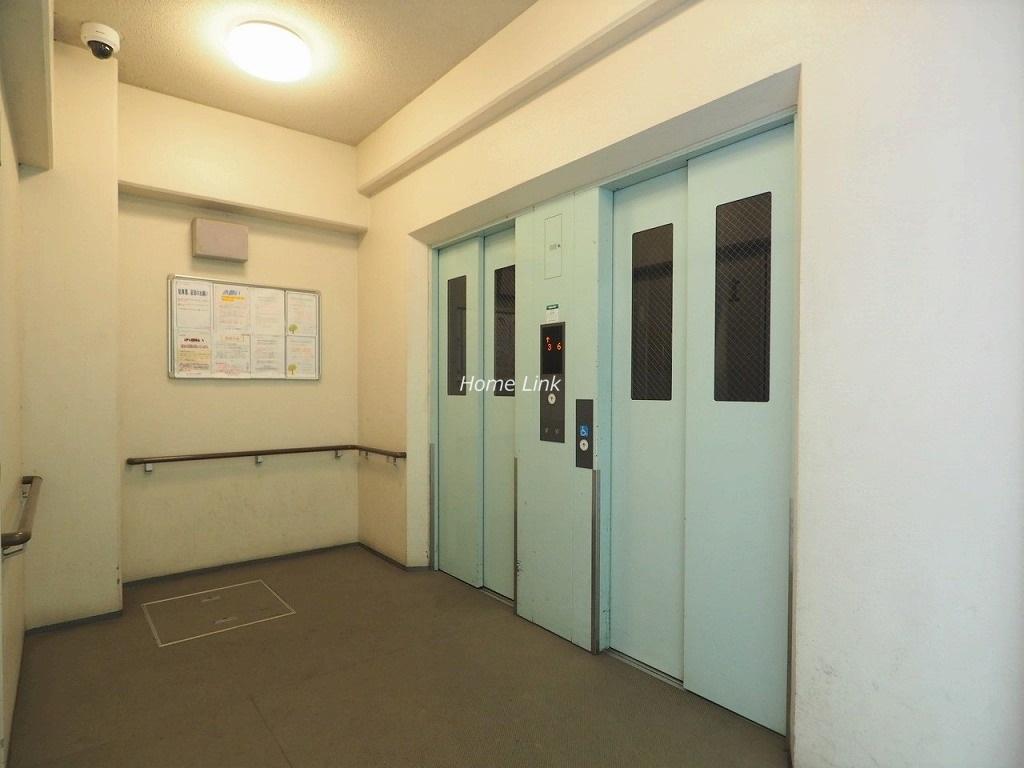エールガーデン エレベーターホール