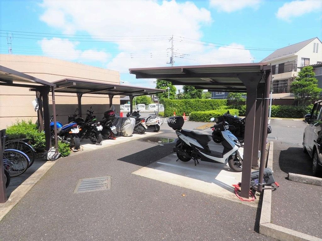 エールガーデン バイク置き場