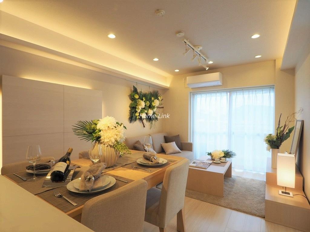 パラスト中板橋6階 間接照明やダウンライトを配置