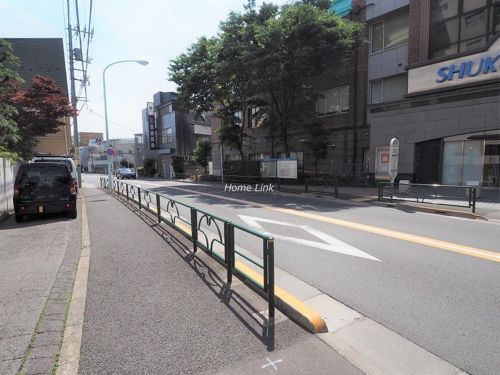 メゾン常盤台 前面道路歩道