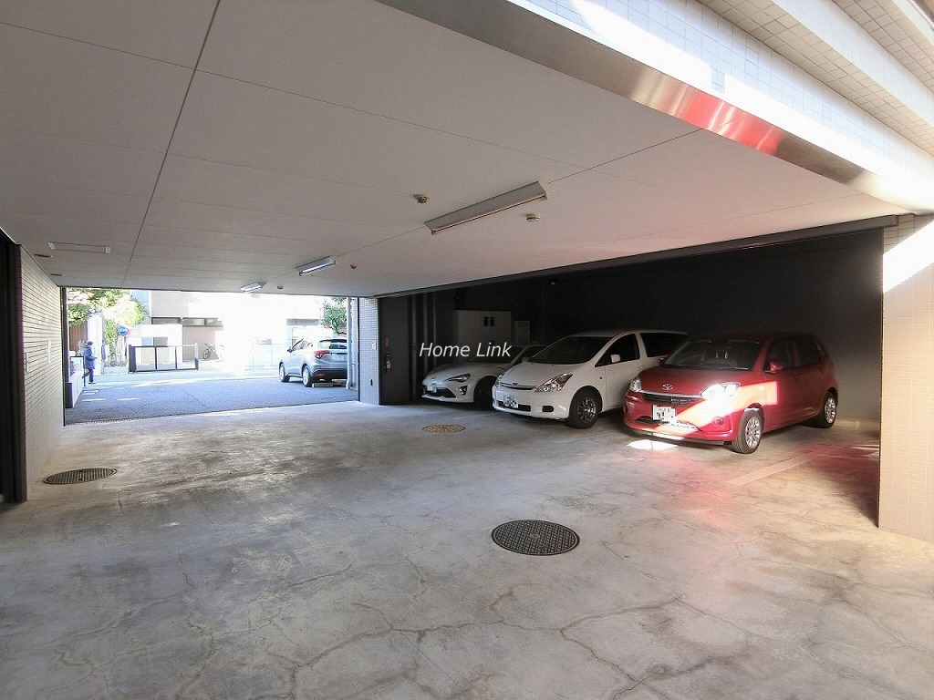 リュエル川口 駐車場