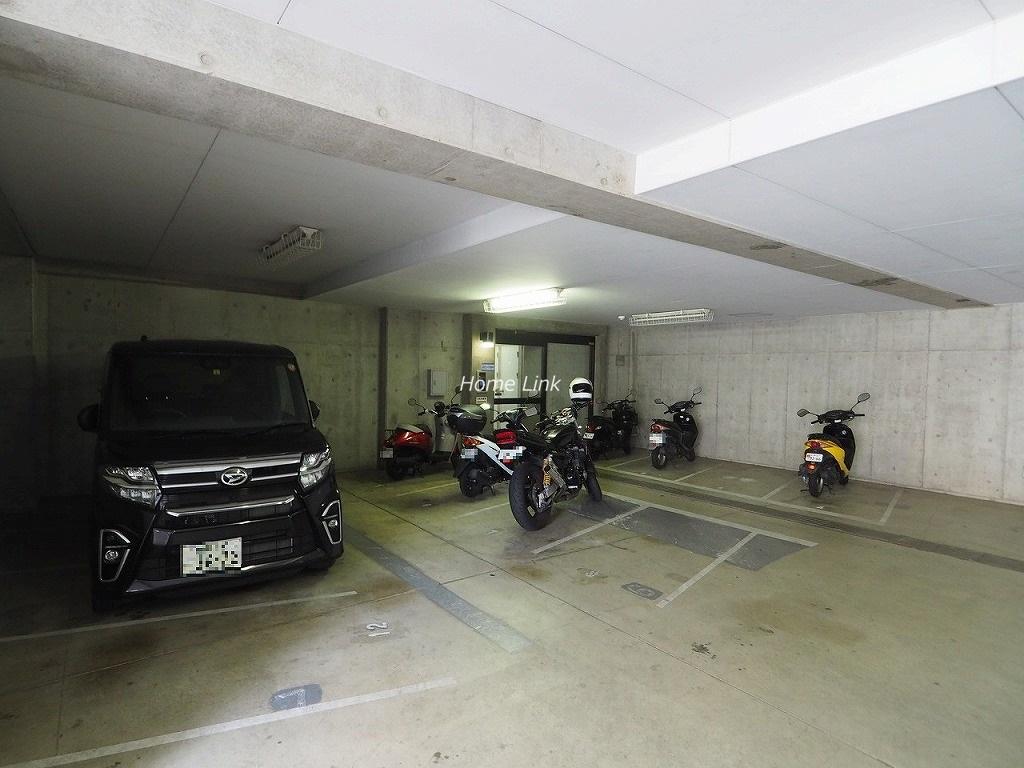 キャニオングランデ中台 バイク置き場
