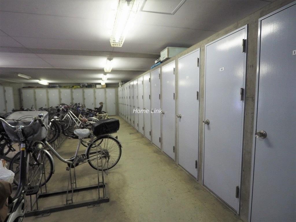 キャニオングランデ中台 トランクルーム