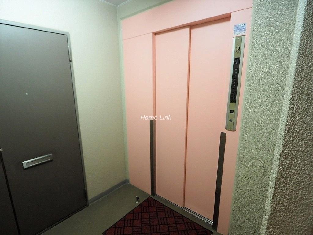 モアクレスト西台 エレベーターホール