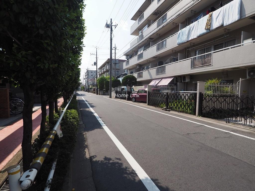 ライオンズマンション新高島平 前面道路