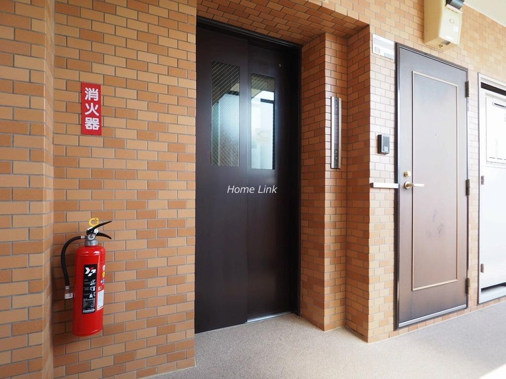 ライオンズマンション新高島平 エレベーターホール