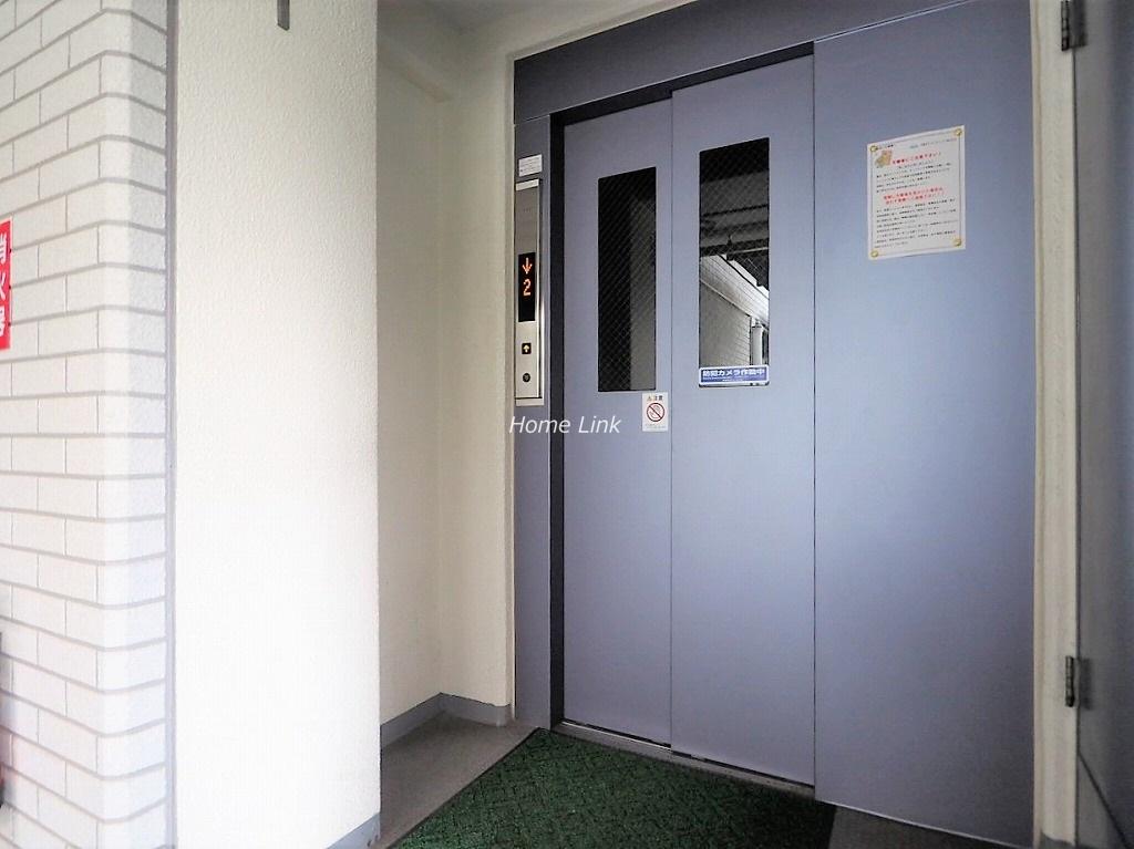 西台セントラルマンション エレベーターホール