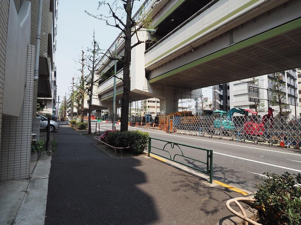 G・コンフォート大山山手通り 前面道路歩道