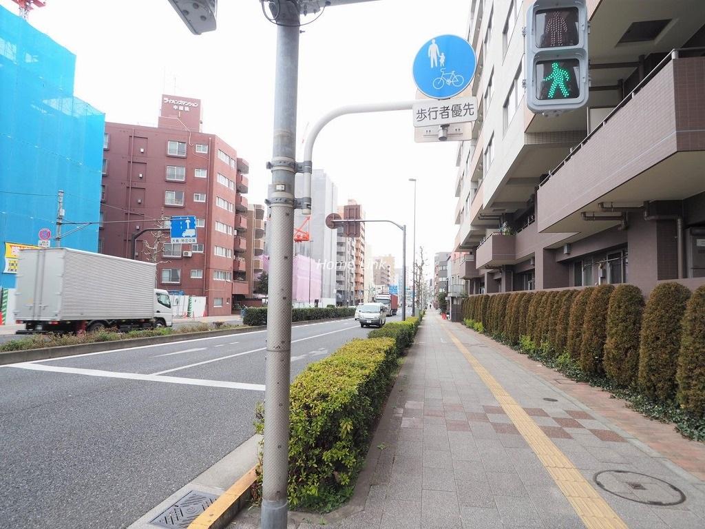 びゅうパルク板橋弥生町 前面道路歩道