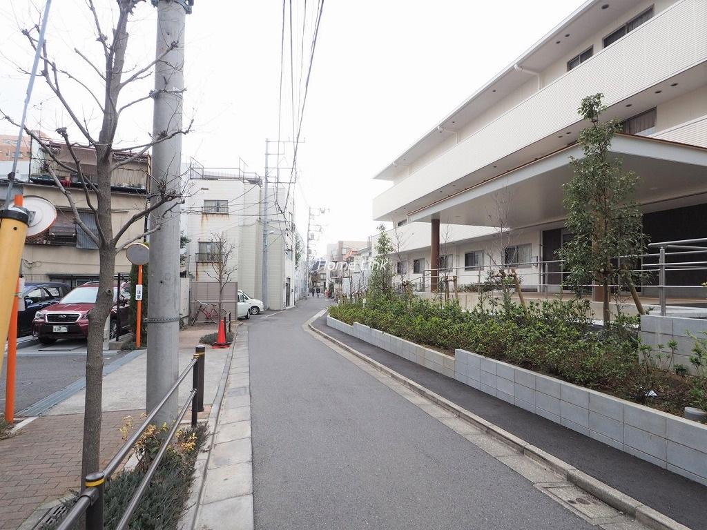 びゅうパルク板橋弥生町 前面道路