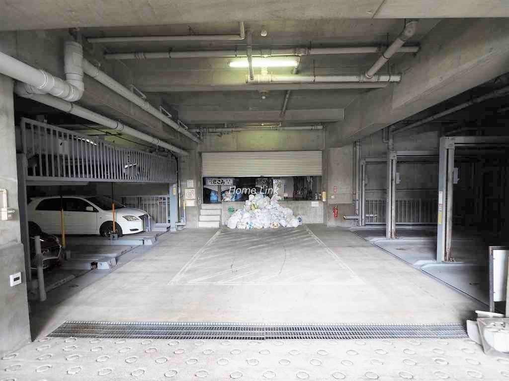 グローリア初穂板橋 駐車場