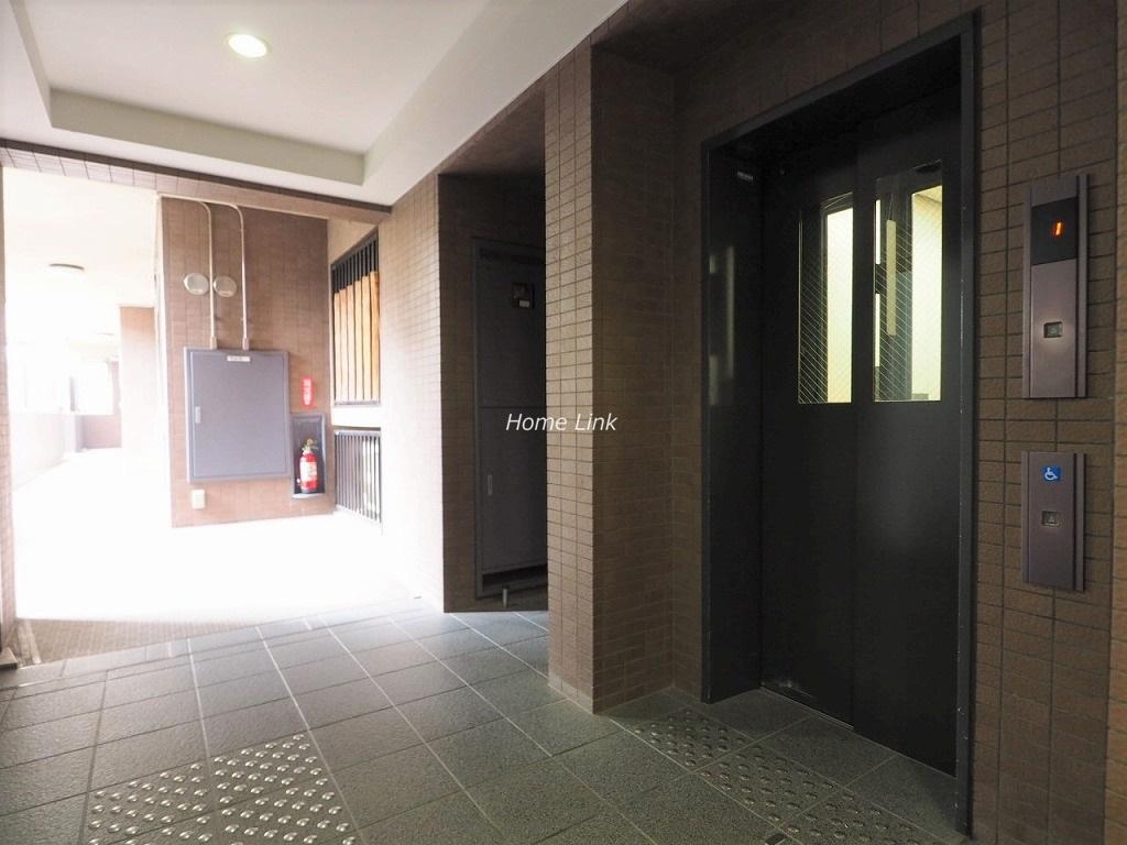ソフィア板橋蓮根 エレベーターホール